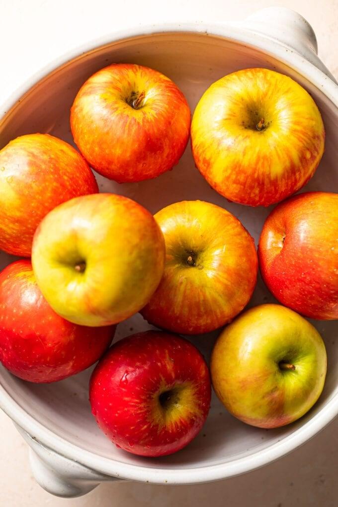 honey crisp apples in a large casserole dish