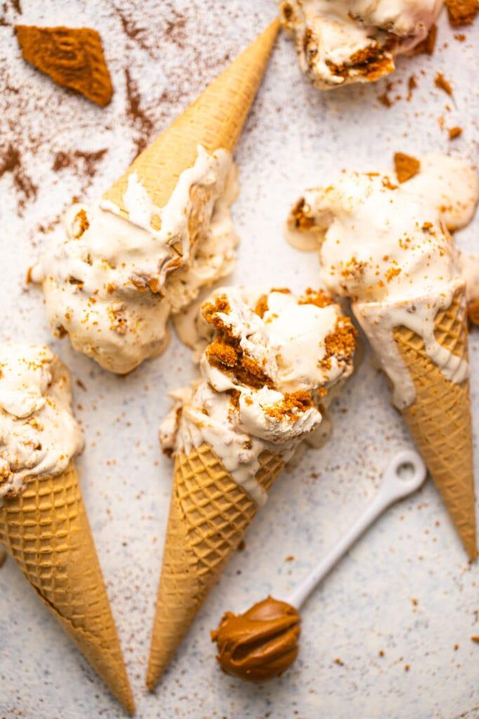 biscoff espresso ice cream in waffle cones on white surface